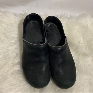 Black Dansko Clogs Size 39